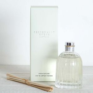 Lily & Lotus Flower Diffuser