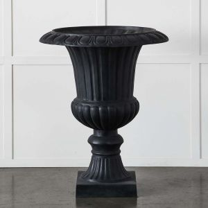 Terrain Classic Urn