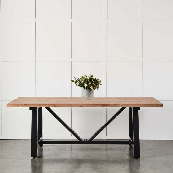 Scarborough Dining Table 213