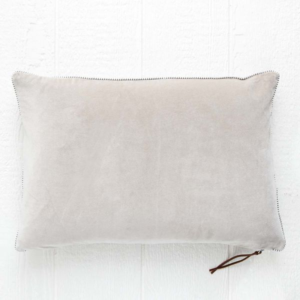 Taj Cushion 40x60