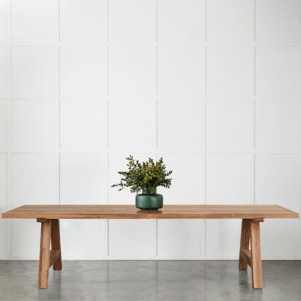 Java Table 300