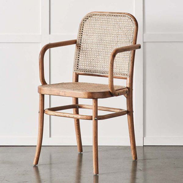 Carver Saxon Chair