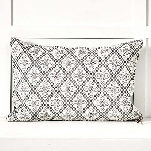 Maple Cushion 60x40
