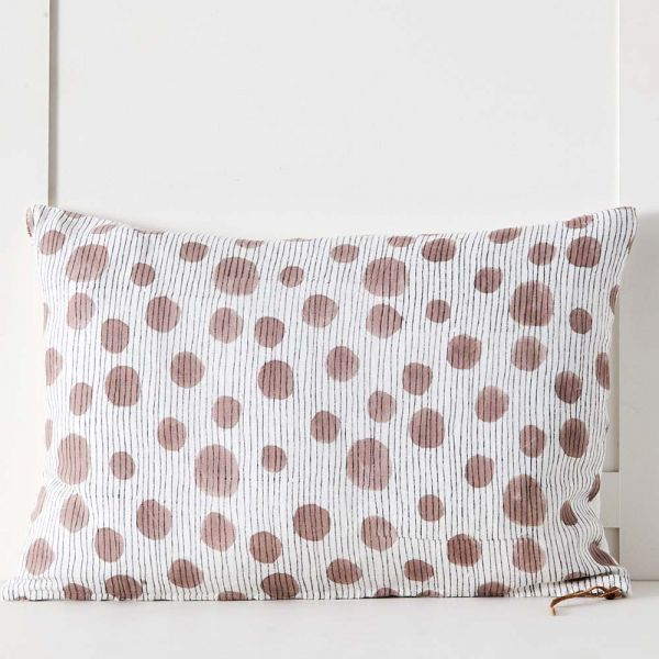 Lilypad Cushion 40x60