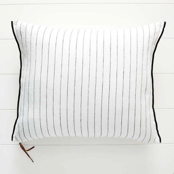 Hex Cushion 50x60