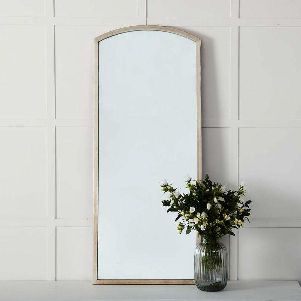 Maia Mirror