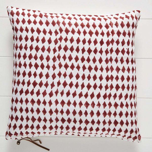 Diamond Cushion 50x50
