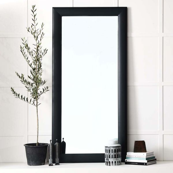 Avignon Mirror